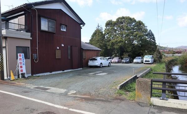 竹生島クルーズ駐車場