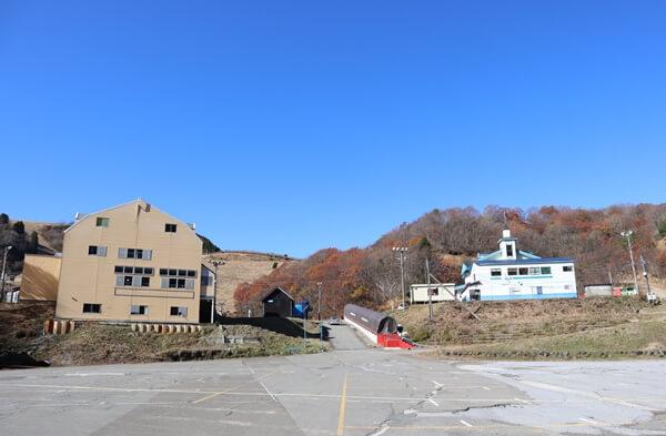 ヤップスキー場の駐車場