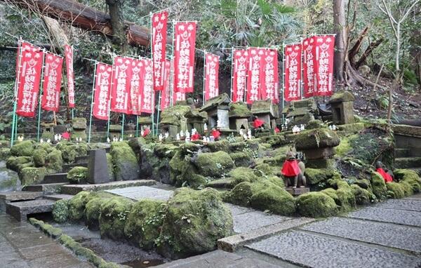 佐助稲荷神社の境内