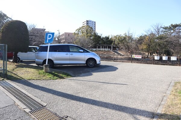 三崎水辺公園の駐車場